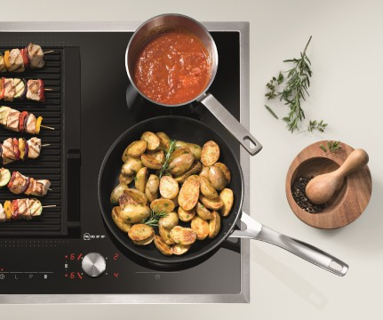 Cooking with a Flex Induction Hob